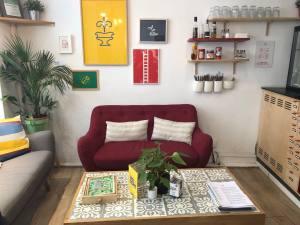 Anticafé Coworking à Aix-en-Provence canapé