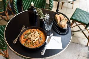 cafe du temps café et restaurant végétarien aix en provence mafé