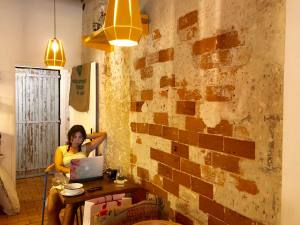 Mana, coffee shop in Aix-en-Provence (interior)