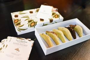 la maison francaise epicerie fine et restaurant salon de thé aix en provence cornes de gazelle