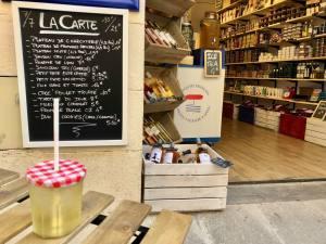 L'Aperitif français, épicerie et cave à Aix en Provence (interieur)