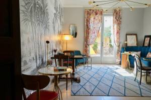 La maison du collectionneur, chambres d'hôtes in Aix-en-Provence (interior)