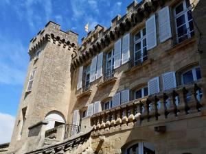 Rocher Mistral, le nouveau projet du Château de la Barben (façade)