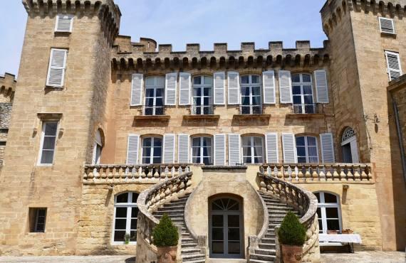 Rocher Mistral, le nouveau projet du Château de la Barben (facace chateau)