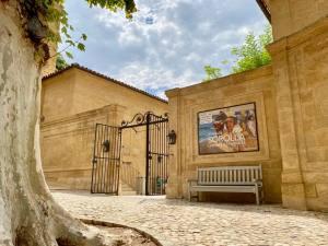 Lumières espagnoles, exposition peintures Sorolla à l'Hôtel de Caumont à Aix-en-Provence (cour)