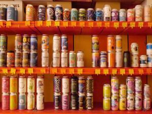 Le Bière Paul Jack, bar et cave à bières artisanales à Aix-en-Provence : 250 références de bières