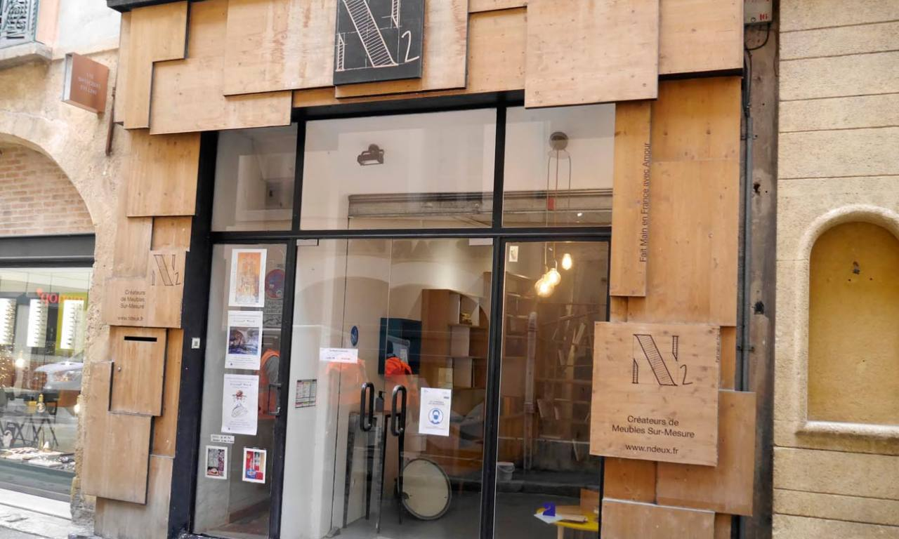 N2, meubles à Aix-en-Provence, devanture