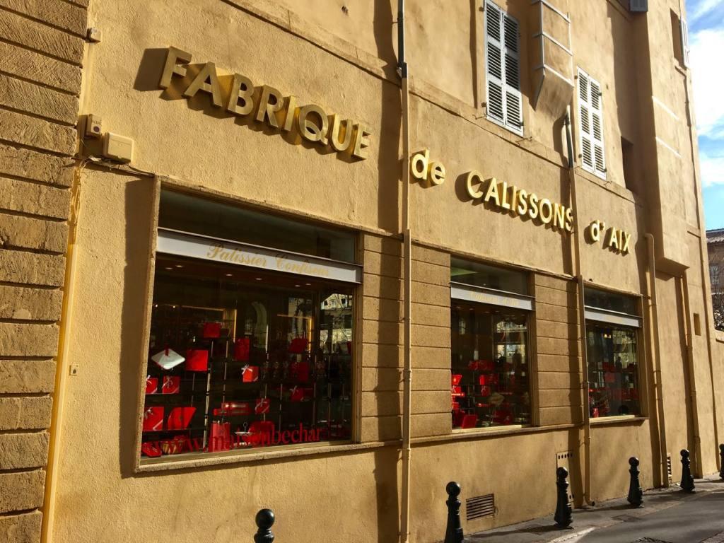 Maison Béchard, pâtisserie à Aix-en-Provence: vitrine