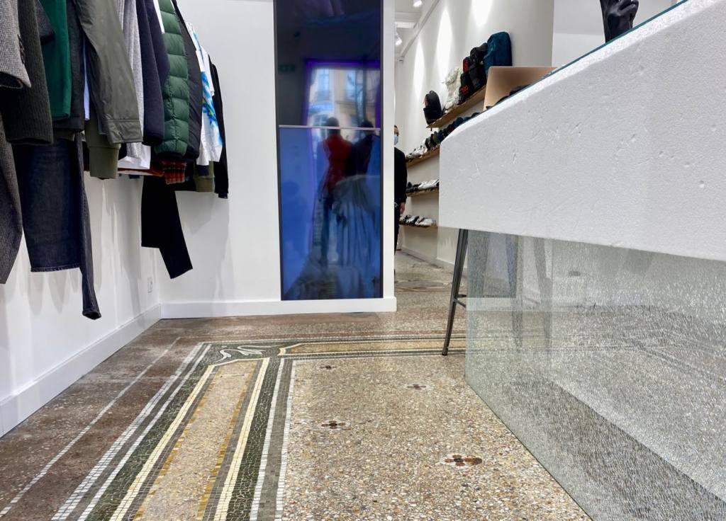 Family-3.0, urban fashion, Aix-en-Provence, interior