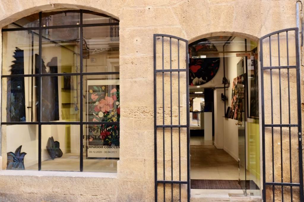 Galerie Ars Longa, contemporary art, Aix-en-Provence, Love Spots (facade)