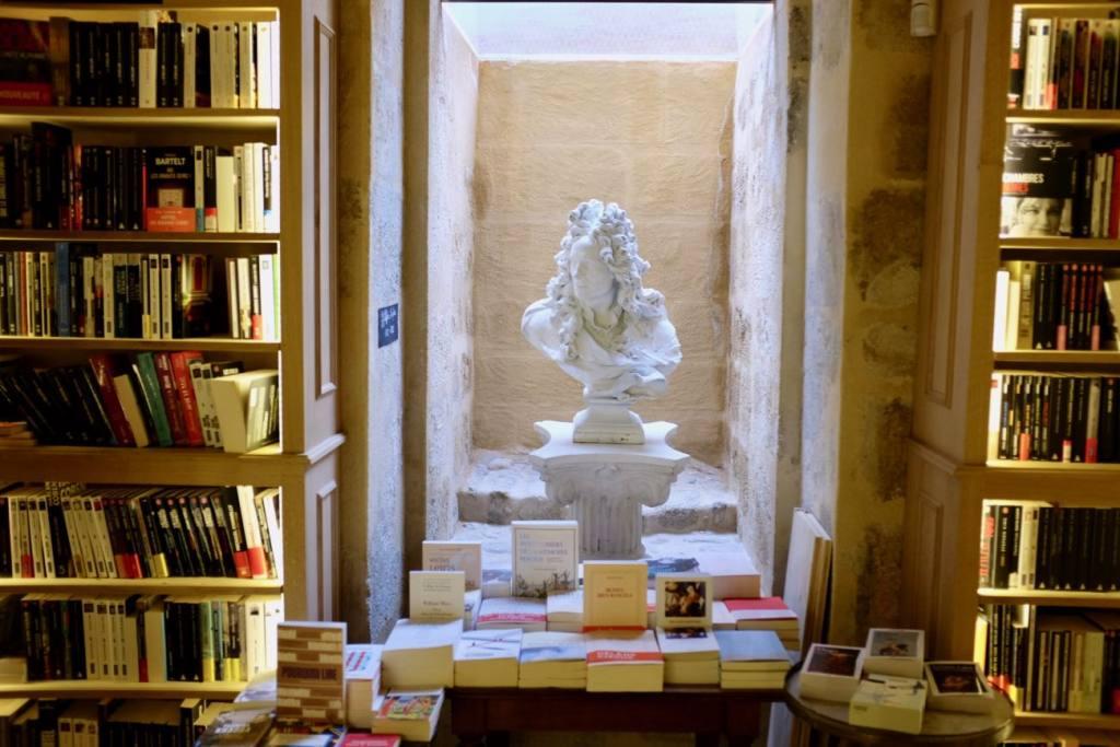 Hotel Boyer d'Eguilles bookshop and cafe in Aix-en-Provence, Love Spots (interior)