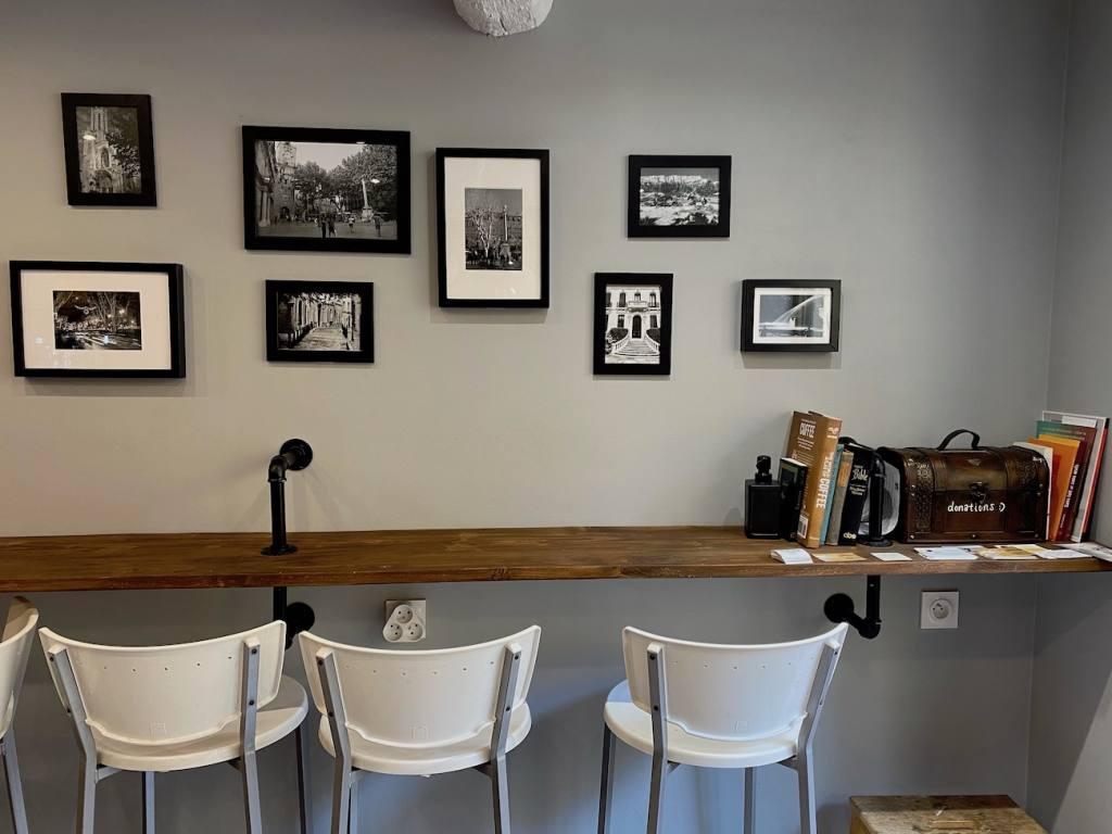 Cafe Lumière, coffee shop in Aix-en-Provence, city guide Love Spots (interior)