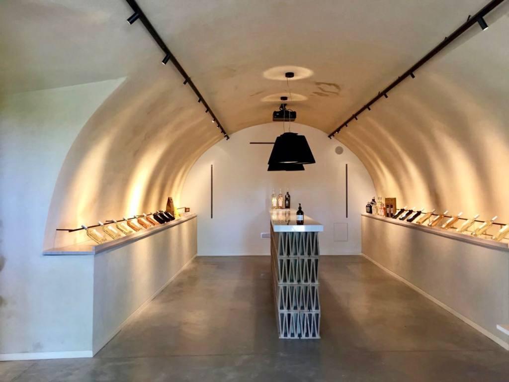 Boisson Art Centre, Contemporary Art, Aix, city guide Love Spots (view of the gallery)