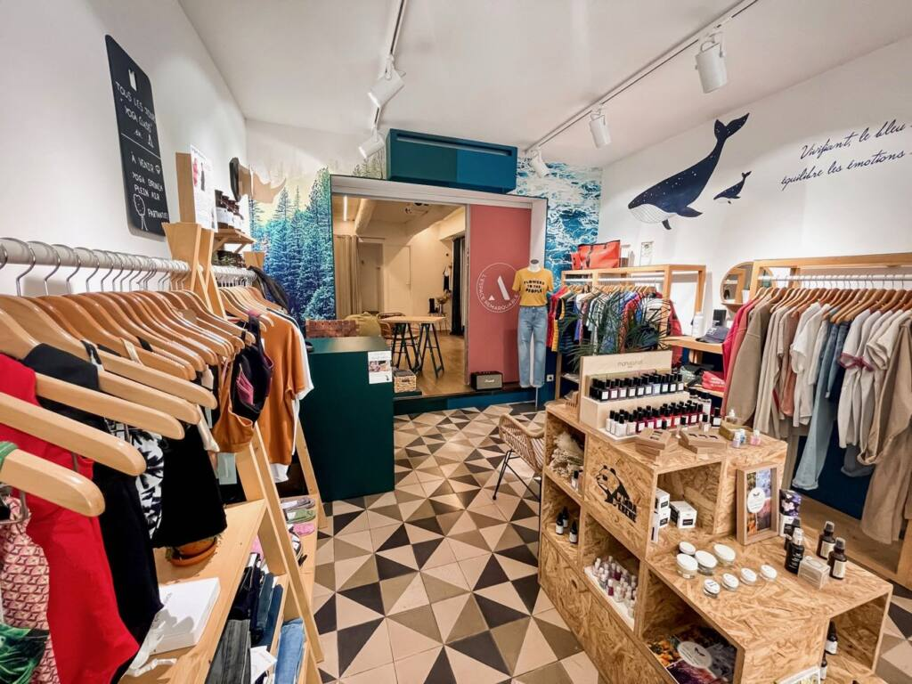 Embrasium, eco-store, and yoga school in Aix (store)
