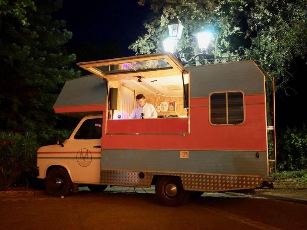 Musiq Voyage, Sound truck itinérant en Provence (Vernissage)
