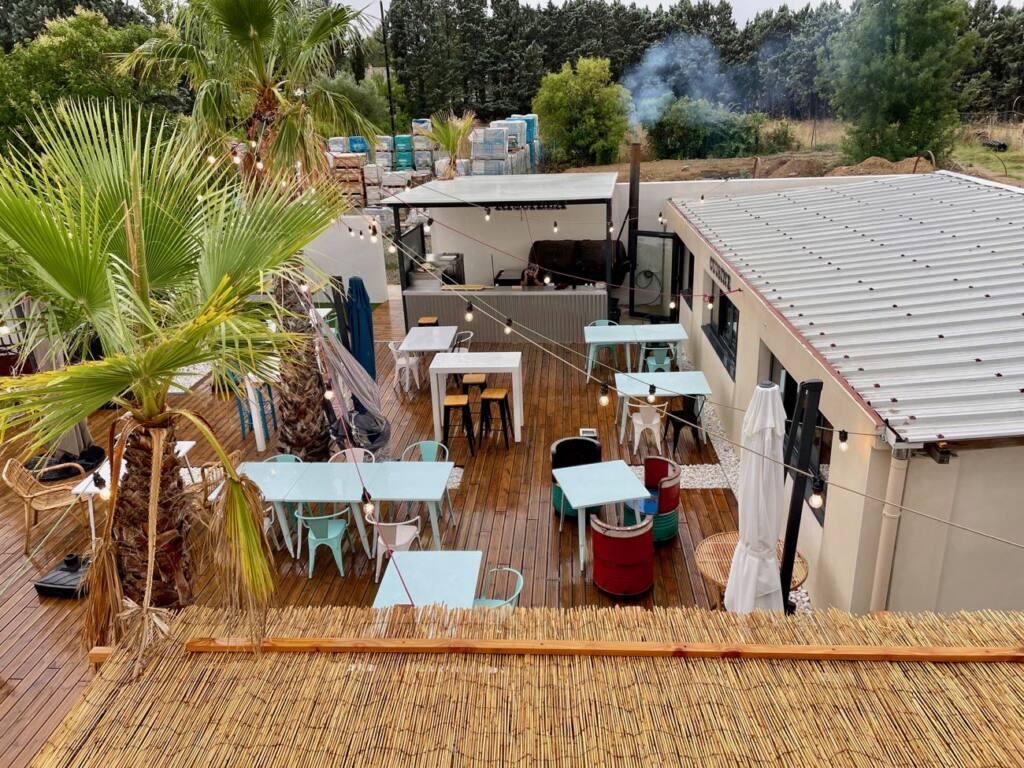 Les Boucans Enfumes, barbecue restaurant in Aix, city guide love spots (exterior)